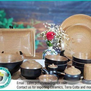 Dinnerware Set Sandstone Inside Black Coated