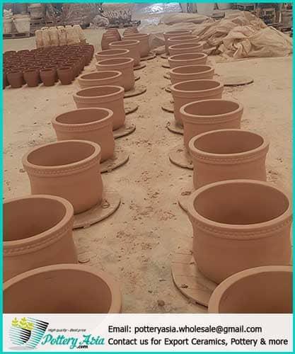 Xưởng sản xuất gốm sứ tại làng nghề Bát Tràng - Việt Nam