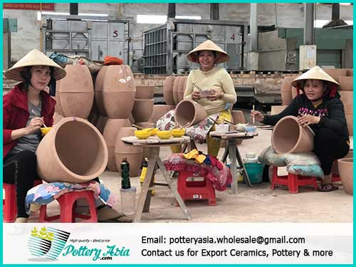 Hand-finished glazed ceramic pots - quality as committed