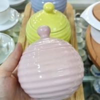 Ceramic jar with lid, beehive shape, modern color
